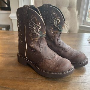 Justin boots Gypsy collection embroidered boots
